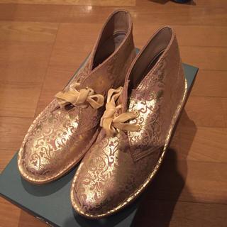 クラークス(Clarks)のクラークス チャッカーブーツ(ローファー/革靴)