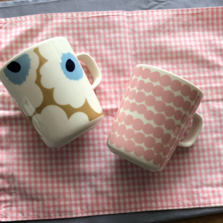 marimekko - マリメッコ  マグカップ2個セット ピンク