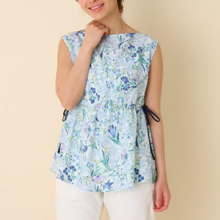 クチュールブローチ(Couture Brooch)のcouture brooch フラワープリント ノースリーブブラウス M(Tシャツ/カットソー(半袖/袖なし))