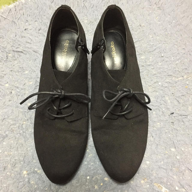 velikoko(ヴェリココ)の限定値下げ❗️Velikokoブーティ・スエード黒25.5センチ レディースの靴/シューズ(ブーティ)の商品写真