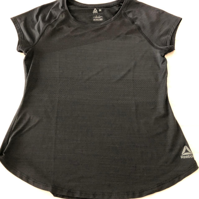 Reebok(リーボック)のリーボック レディース トレーニングTシャツ  スポーツ/アウトドアのランニング(ウェア)の商品写真