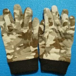 ユニクロ(UNIQLO)の【ユニクロ】手袋 Lサイズ(手袋)