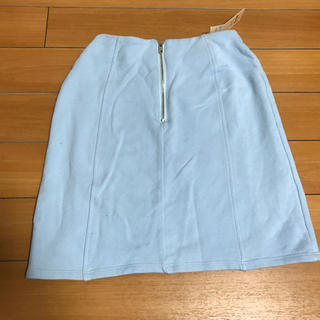 ティティアンドコー(titty&co)のタイトスカート(ひざ丈スカート)