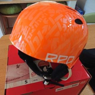 バートン(BURTON)の希少 未使用 バートン RED ヘルメット Hi-Fi オレンジ おまけゴーグル(ウエア/装備)