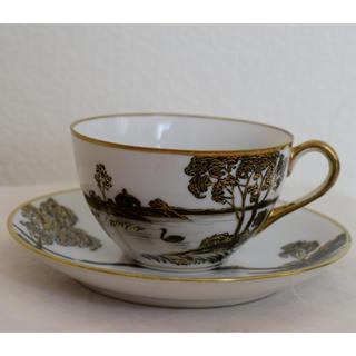 ノリタケ(Noritake)のオールドノリタケ 黒と金彩のカップ&ソーサー(絵柄に擦れが有り)(食器)