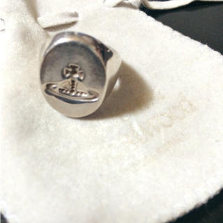 ヴィヴィアンウエストウッド(Vivienne Westwood)のVivienne オーバルシールリング(リング(指輪