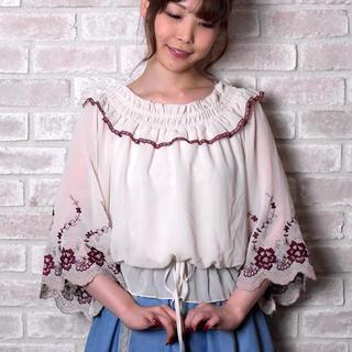 アクシーズファム(axes femme)の袖刺繍シフォンPO(シャツ/ブラウス(長袖/七分))