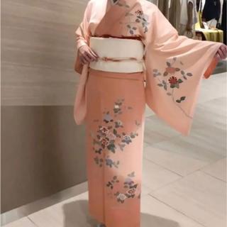 京友禅 極美品 クリーニング済 正絹 着物 珊瑚コーラル 色 裄長い 中振袖椿姫(着物)