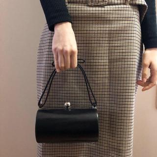 ギンザカネマツ(GINZA Kanematsu)の鞄 カバン 丸型 バック リボン 黒 ブラック ニュアンス 可愛い(ハンドバッグ)