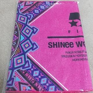 シャイニー(SHINee)のSHINEE WORLD ツアー スポーツタオル(K-POP/アジア)