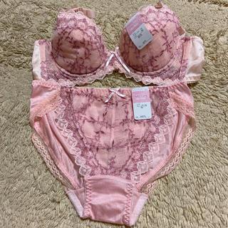 ブラジャー&ショーツ B75 柄ピンク(ブラ&ショーツセット)