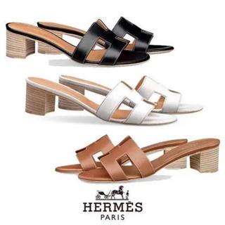エルメス(Hermes)の新品 エルメス オラン オアシス ゴールド 24.5(サンダル)