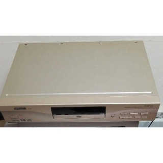 ミツビシデンキ(三菱電機)の三菱DVDプレーヤーDJ-P100本体とリモコンです 三菱電機(DVDプレーヤー)