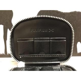 フジフイルム(富士フイルム)のフジフイルム X MOUNT バッテリー&SDカードケース(その他)