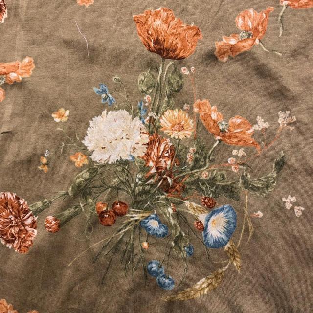 PINK HOUSE(ピンクハウス)のカネコイサオ 花柄セットアップ ピンクハウス系 レディースのレディース その他(セット/コーデ)の商品写真