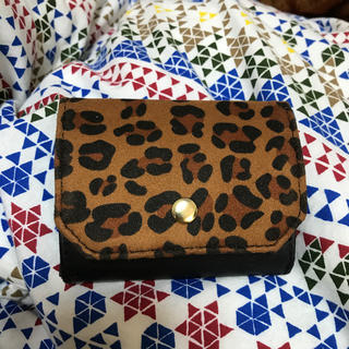 ジーユー(GU)のGU ミニウォレット レオパード柄(財布)