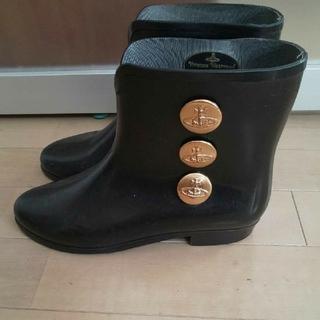 ヴィヴィアンウエストウッド(Vivienne Westwood)のヴィヴィアンウエストウッド レインブーツ 黒 長靴 24(レインブーツ/長靴)