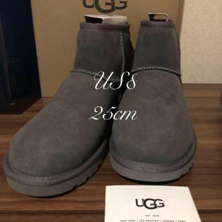 アグ(UGG)の最新UGGCLASSIC MINI II 🌈GLAY25cm (ブーツ)