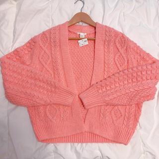 エイチアンドエム(H&M)のピンクのニット ぽんぽんニット 厚手 ピンク ニット セーター サーモンピンク(ニット/セーター)