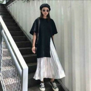 ビッグシルエット黒T+プリーツスカートセット(3XL)(Tシャツ/カットソー(半袖/袖なし))