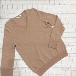 ユニクロ(UNIQLO)のUNIQLO ユニクロ カシミヤ セーター(ニット/セーター)