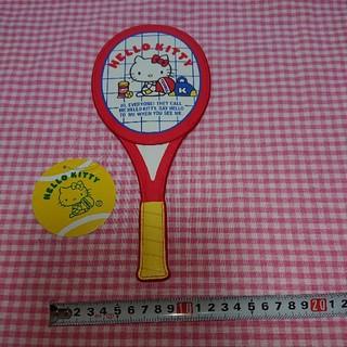 ハローキティ(ハローキティ)の(最終お値下げ中)新品 キティ ラケット型 パスケース テニス(パスケース/IDカードホルダー)