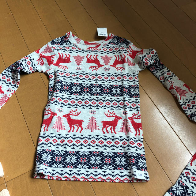 GU(ジーユー)のGAP上下セット キッズ/ベビー/マタニティのキッズ服女の子用(90cm~)(下着)の商品写真