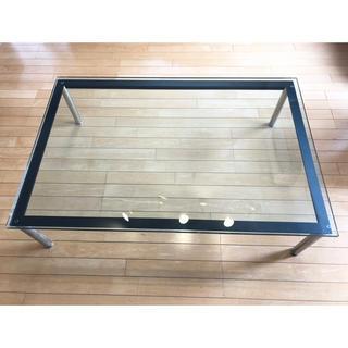 オオツカカグ(大塚家具)のルコルビュジェガラステーブル!(ローテーブル)