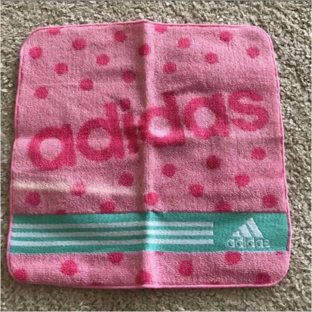 adidas(アディダス)のアディダス タオルハンカチ キッズ/ベビー/マタニティのこども用ファッション小物(その他)の商品写真