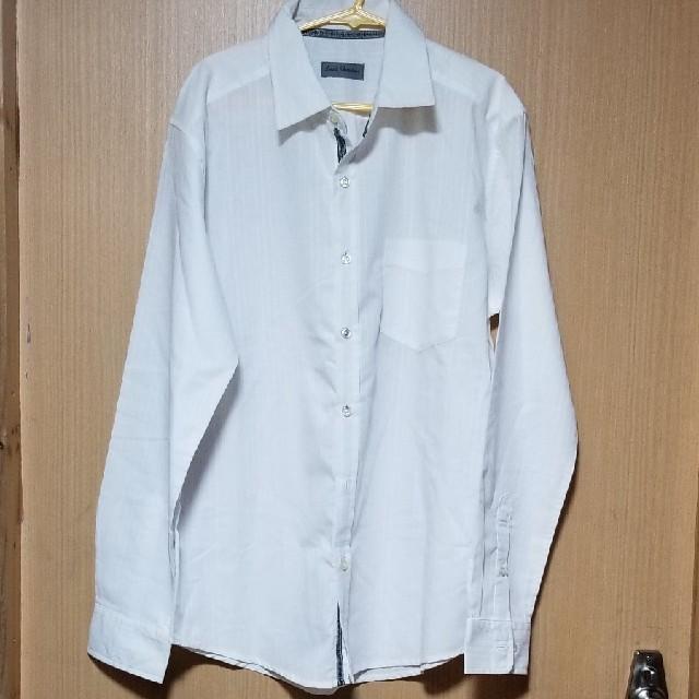 しまむら(シマムラ)のメンズ 白シャツ L サイズ メンズのトップス(Tシャツ/カットソー(七分/長袖))の商品写真