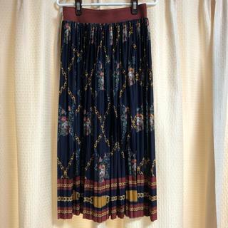 ZARA - スカーフ柄プリーツスカート
