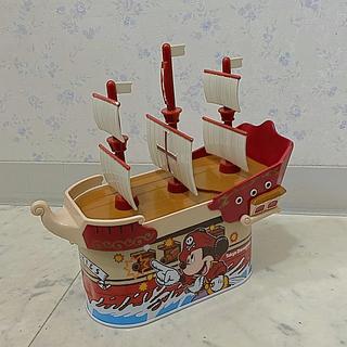 ディズニー(Disney)の希少!海賊船クッキー缶(小物入れ)
