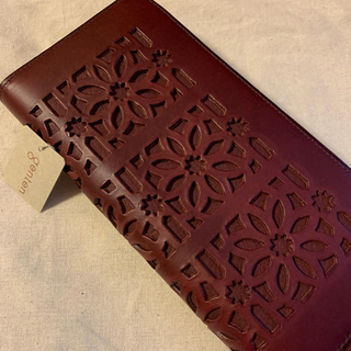 ゲンテン(genten)の専用☆ゲンテンカットワーク長財布(財布)