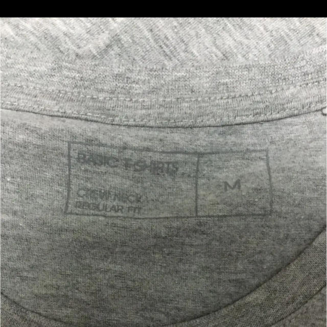 GU(ジーユー)のGU  メンズ  Tシャツ メンズのトップス(Tシャツ/カットソー(半袖/袖なし))の商品写真