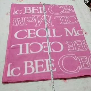 CECIL McBEE - CECIL McBEE 薄地毛布ブランケット