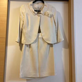 LESTERA  入学式 フォーマル ママ スーツ サイズ 38(スーツ)