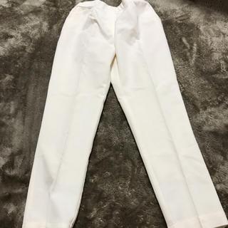 美品◎白パンツ(カジュアルパンツ)