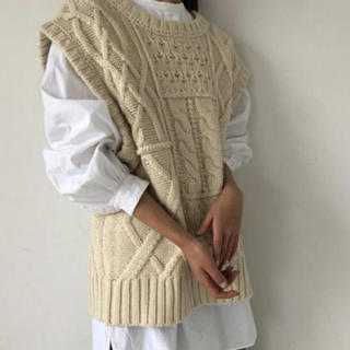 TODAYFUL - 【専用】TODAYFUL トゥデイフル ケーブルニットベスト knit vest