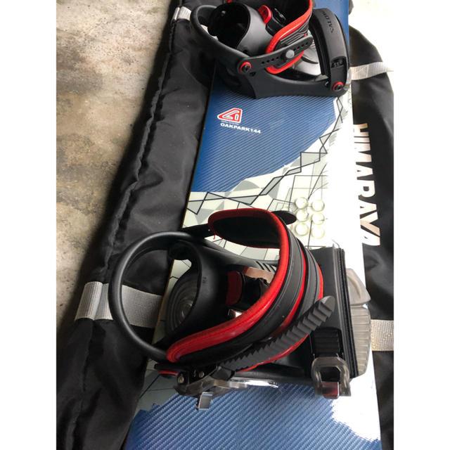 AVALANCHE(アヴァランチ)の激安!バインディング、ケース付き! スノーボード 板  スポーツ/アウトドアのスノーボード(ボード)の商品写真