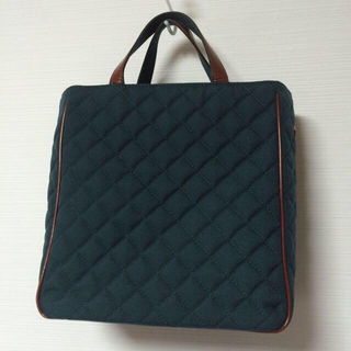 エムジーウォレス(MZ WALLACE)の美品定価3万円MZ WALLACEバッグ(ハンドバッグ)