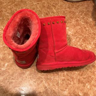 アグ(UGG)のuggレア赤スタッズムートン(ブーツ)