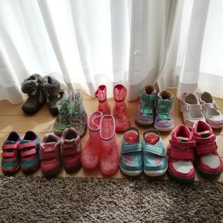 ニューバランス(New Balance)の限定値下げ!10足スニーカー&ブーツ&長靴セット売り13cm~17cm(その他)