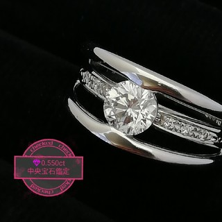 Pt900 綺麗な✨(☆∀☆)キラキラダイヤリング✨お出かけはいつも一緒♥️(リング(指輪))