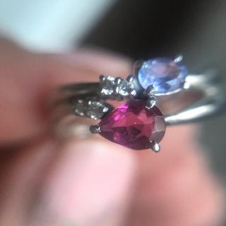 ペアシェイプカット ピンクトルマリンとタンザナイトの素敵なリング(リング(指輪))