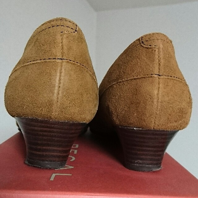 REGAL(リーガル)のREGAL スエード レディースシューズ 23cm レディースの靴/シューズ(ハイヒール/パンプス)の商品写真