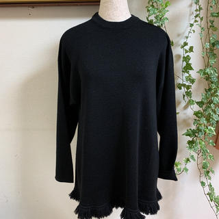 大き目 フリンジセーター 黒(ニット/セーター)