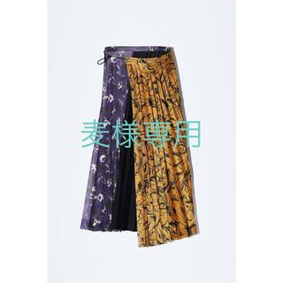 トーガ(TOGA)の【※1/18までの出品予定】 TOGA スカート(ひざ丈スカート)