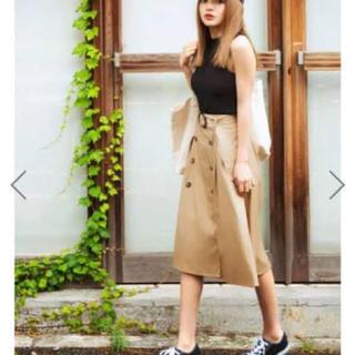 グレイル(GRL)のベルト付きトレンチ風ミディースカート(ひざ丈スカート)