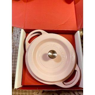 バーミキュラ(Vermicular)の新品未使用バーミキュラ オーブンポットラウンド  パールピンク22cm(鍋/フライパン)
