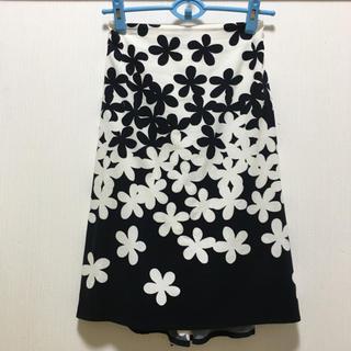 アニエスベー(agnes b.)のアニエスベー  花柄フィッシュテールスカート(ひざ丈スカート)